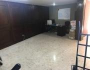 vendo o rento oficinas en echegaray, muy bien acondicionada