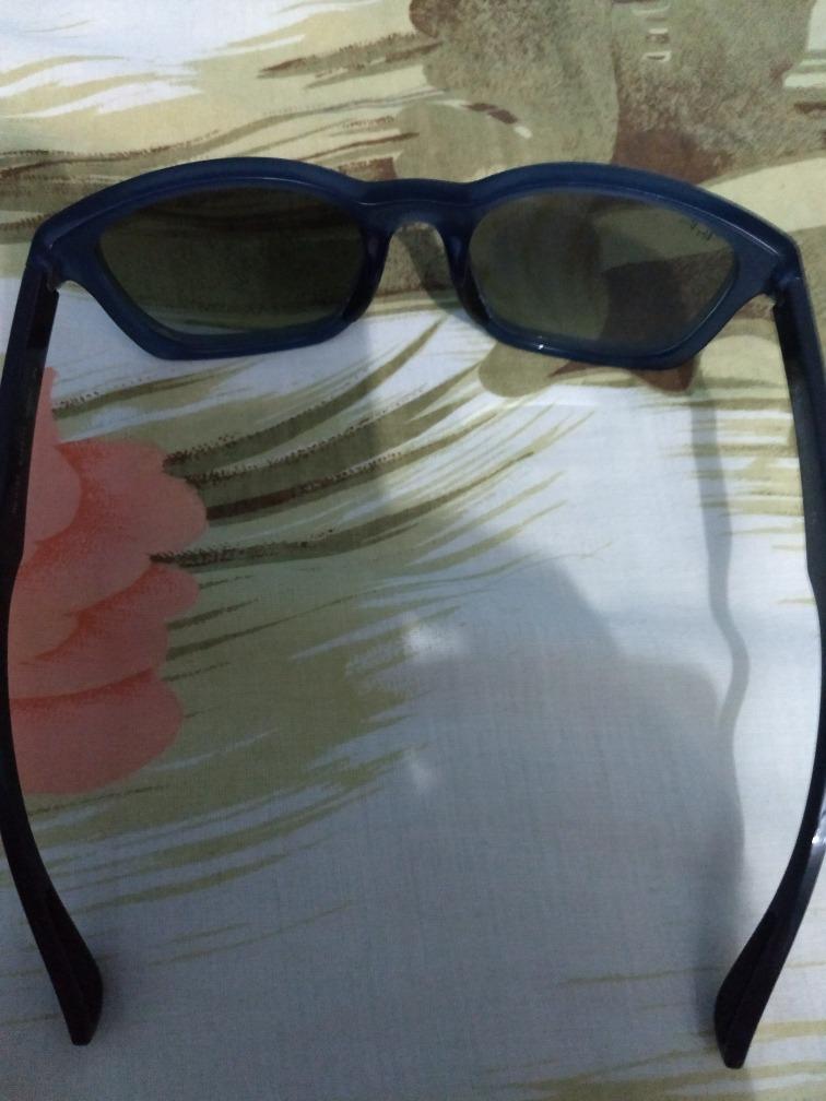 da62926850c10 Vendo Óculos Rayban Original - R  150,00 em Mercado Livre