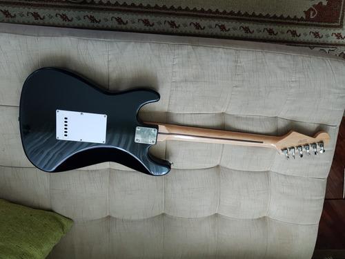 vendo oferta guitarra squier fender stratocaster negra
