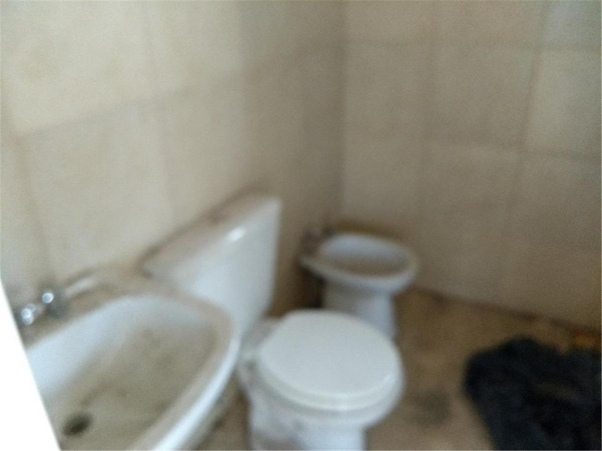 vendo oficina + baño + opción cochera + alta córdoba