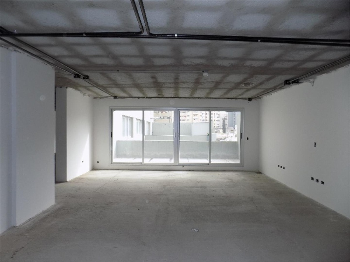 vendo oficina categoria 104 mtrs propios + belgrano 66