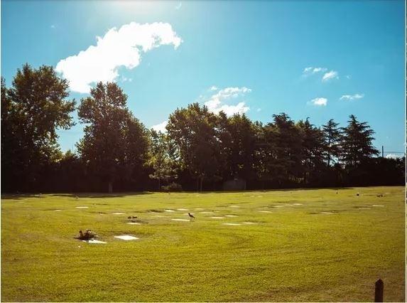 vendo parcela en cementerio privado jardín bella vista