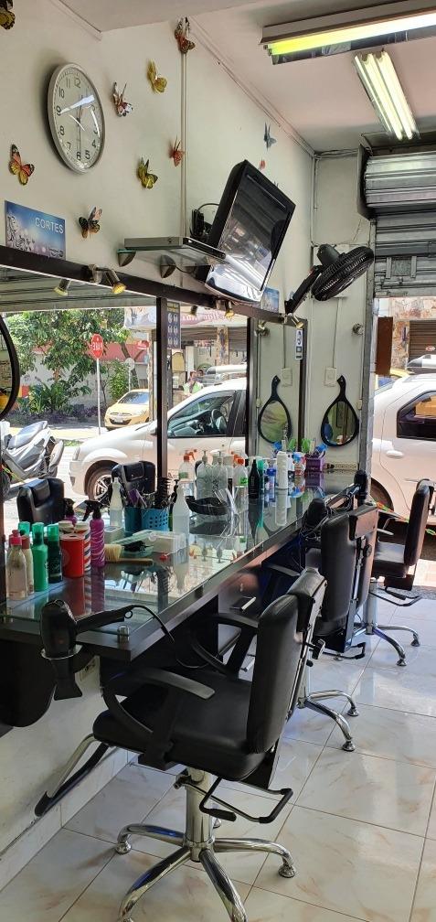 vendo peluquería en envigado barrio mesa 312 223 3190