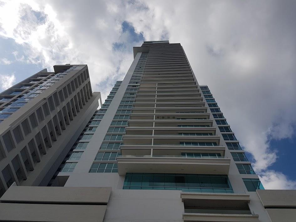 vendo penthouse en ph the palace, bellavista 19-8781**gg**