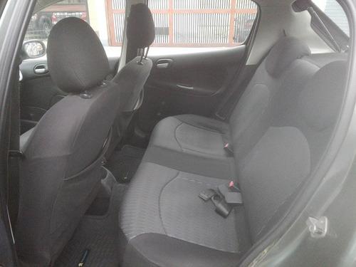 vendo peugeot 207 hatchback compact 2008