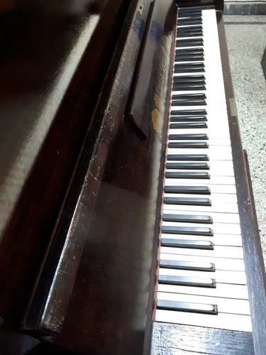 vendo piano vertical carol otto