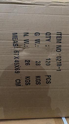 vendo por cajas d una sale 2.500 y de 3 en adelante 2.300