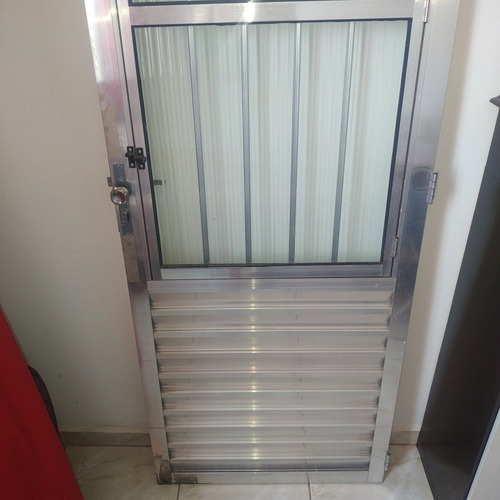 vendo porta de alumínio nova
