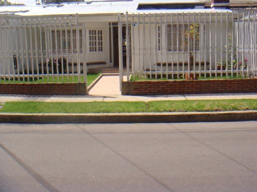 vendo preciosa casa en malibú. alhambra. mónaco.