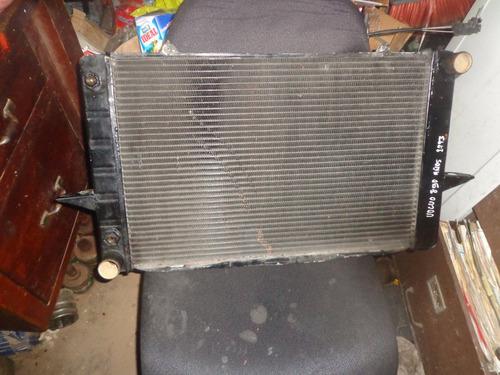 vendo radiador de volvo 850 año  1993