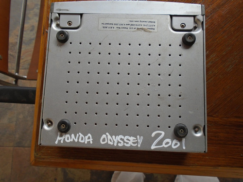vendo radio  de honda odyssey, año 2001