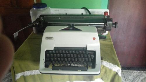 vendo reliquia máquina de escribir en perfectas condiciones
