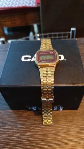 vendo relógio casio clássico.