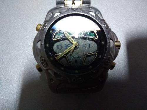 f3e08b337fe Vendo Relógio Citizen C 400 - Original Série Ouro - R  230