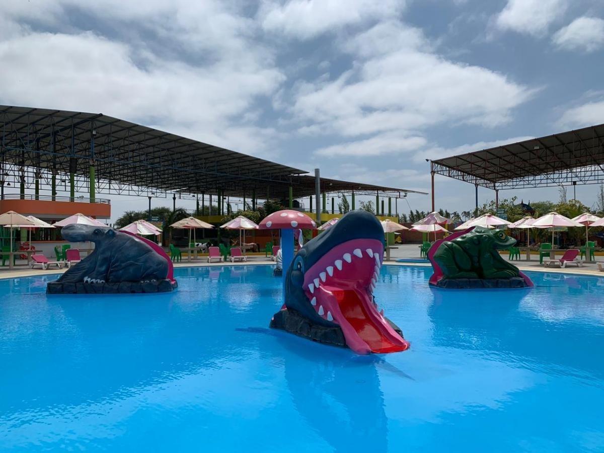 vendo rentable negocio: parque acuatico en piura