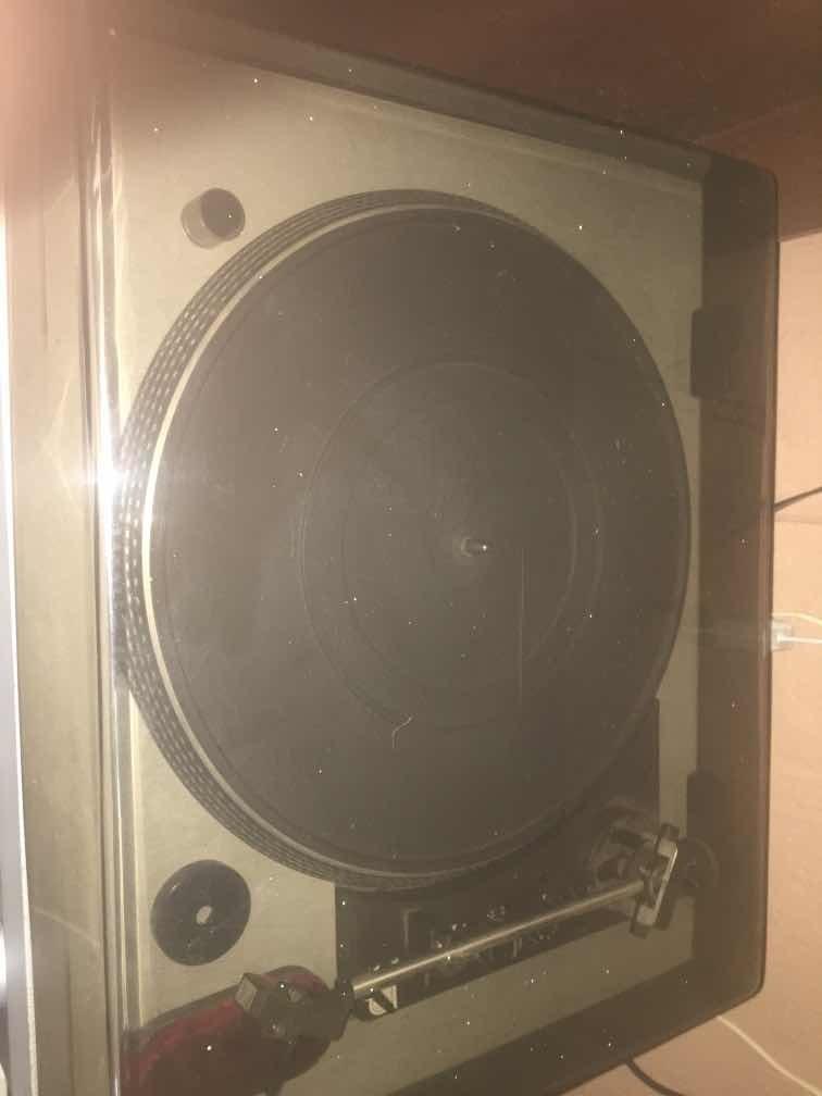 vendo reproductor de acetato con 170 discos ofrecan