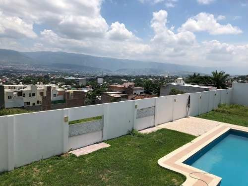 vendo residencia con alberca en 1200 m2 cerca del lib sur