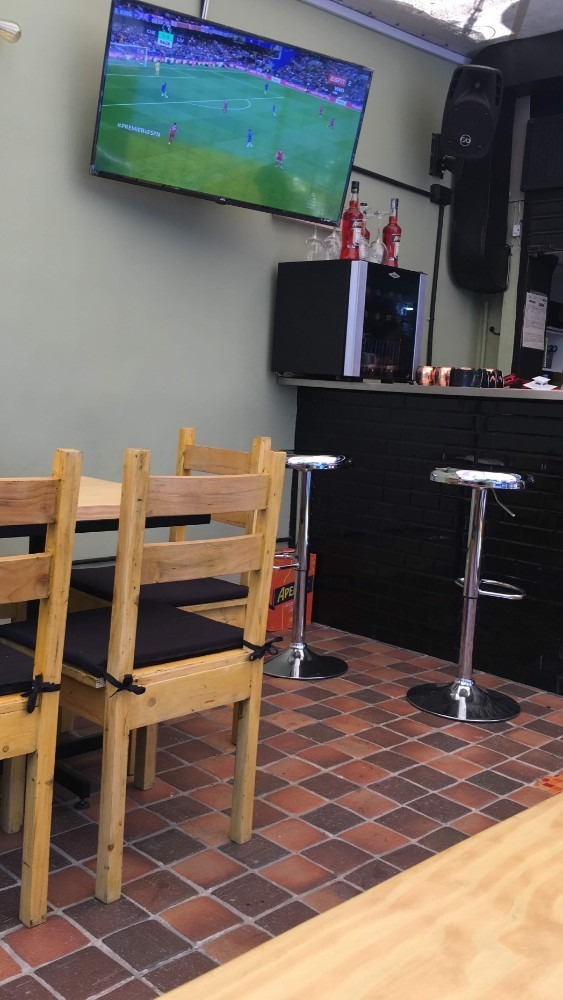 vendo restaurante bar pizzeria (traspaso)