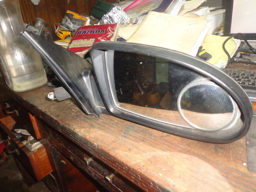 vendo retrovisor  derecha de hyundai accent, año 2008 manual