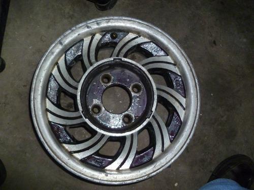 vendo rin # 14 en aluminio 4 huecos
