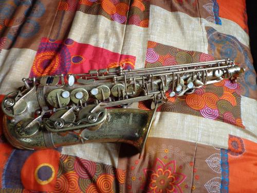vendo saxofon alto