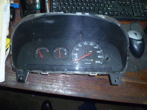 vendo tacometro velocimetro de hyundai elantra, año 1992