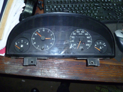 vendo tacometro velocimetro de peugeot 405, año 1994
