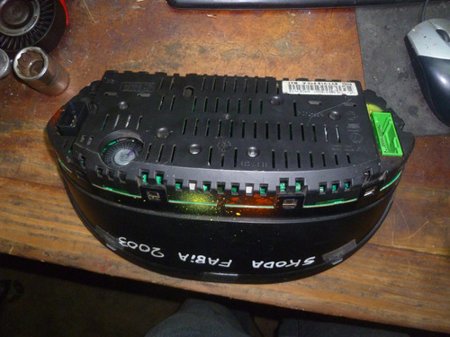 vendo tacométro velocimetro de skoda favia, año 2003