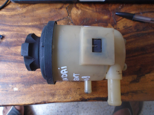 vendo tanque de power steering de hyundai accent año 2009