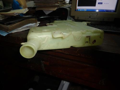 vendo tanque de waiper de toyota modelo f