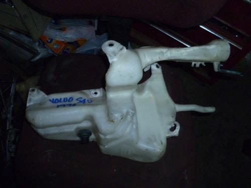 vendo tanque de waiper de volvo s40, año 1998