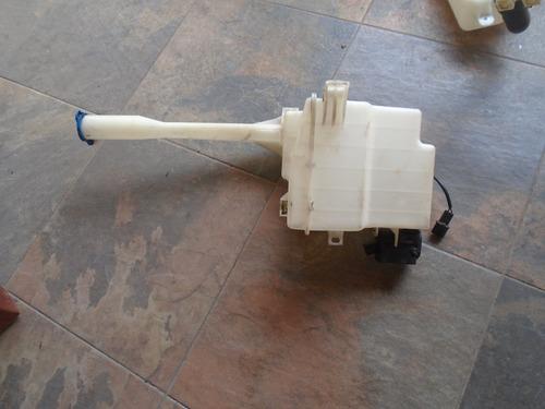 vendo tanque de wiper de hyundai santa fe, año 2010