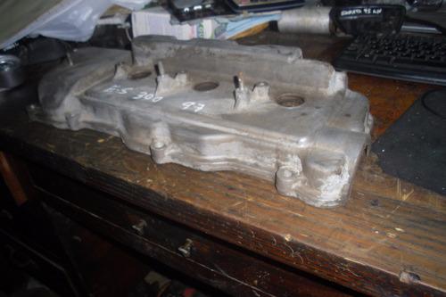 vendo tapa valvula de motor  de lexus es300, año 1997
