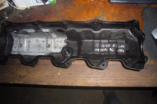 vendo tapa valvula de motor  de toyota hi lux motor 3l