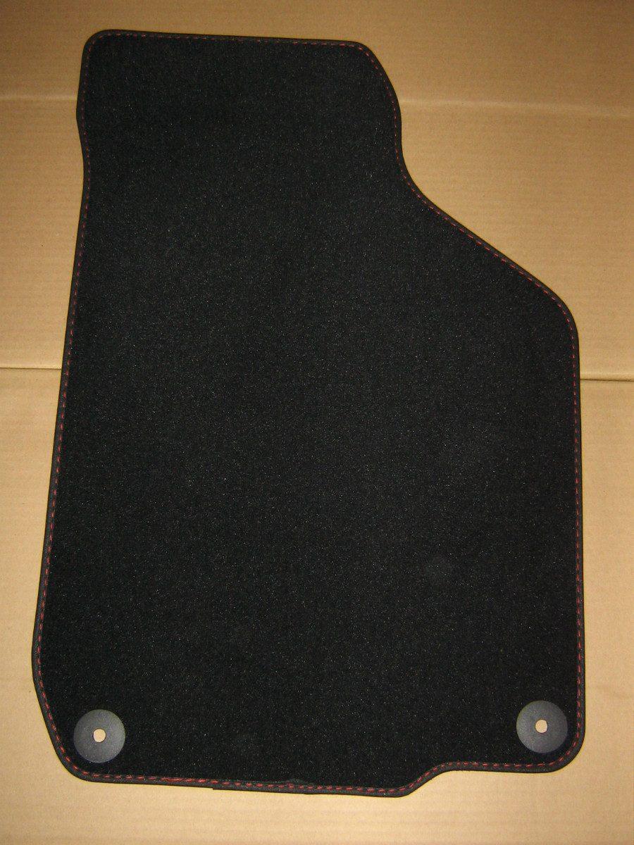 Vendo tapetes de alfombra con costura roja para jetta a4 for Vendo alfombra