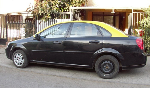 vendo taxi básico con derechos $12.000.000. optra 150.000km