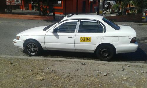 vendo taxi con numero alquildo