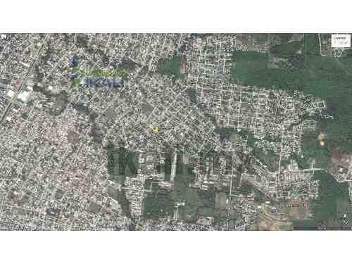 vendo terreno 225 m²  col. la ceiba de poza rica veracruz, se encuentra ubicado en la calle independencia de la colonia la ceiba, cuenta con 225 m², son 9 m. de frente por 25 m. de fondo, el tipo de