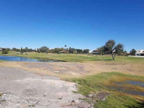 vendo terreno colindante con el fairway  con vista al lago