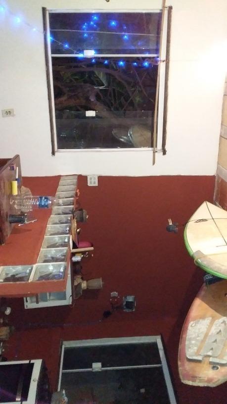 vendo terreno com kitinete,cisterna e loja(em construção)