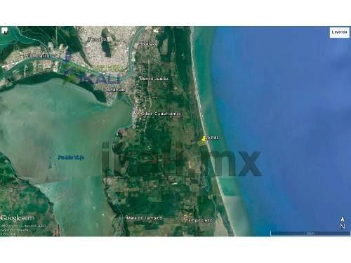 vendo terreno de 23 hectáreas frente al mar en la playa tampico alto veracruz, se encuentra ubicado en la carretera tuxpan - tampico pasando la localidad de las flores, cuenta con frente de playa y f