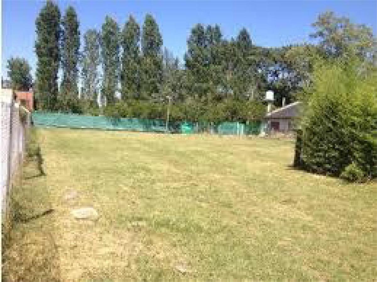 vendo terreno en barrio cerrado villa angela fco alvarez