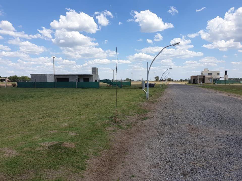 vendo terreno en brisanova - pueblo esther - barrio privado