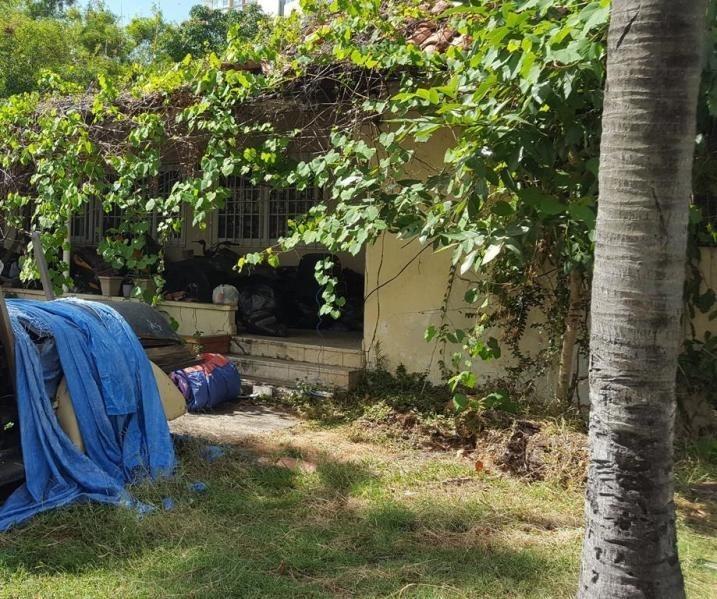 vendo terreno en calle 79 de coco del mar 18-5369**gg**