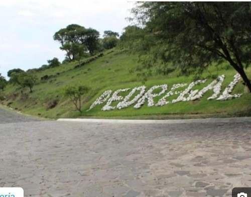 vendo terreno en el fraccionamiento el pedregal tlajomulco de zuñiga