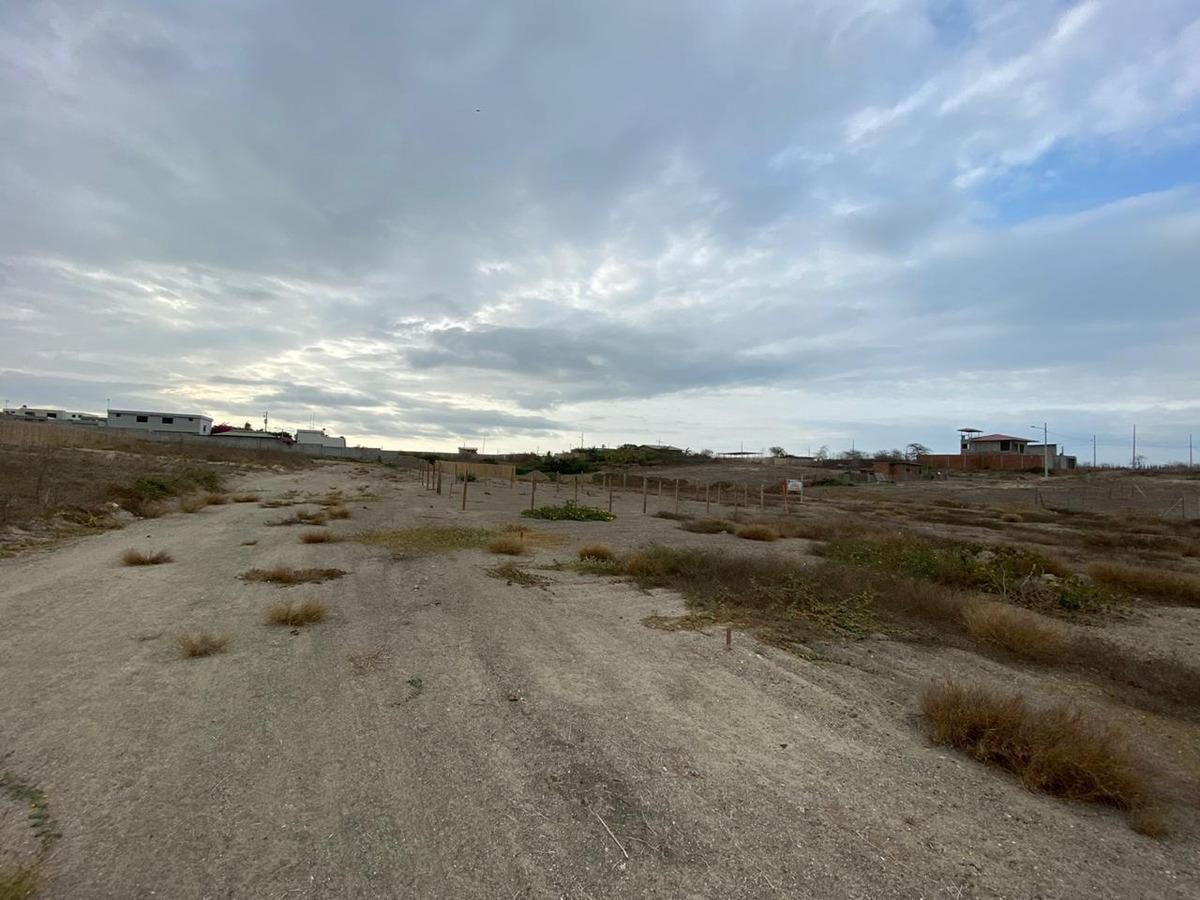 vendo terreno en la urbanización las marías