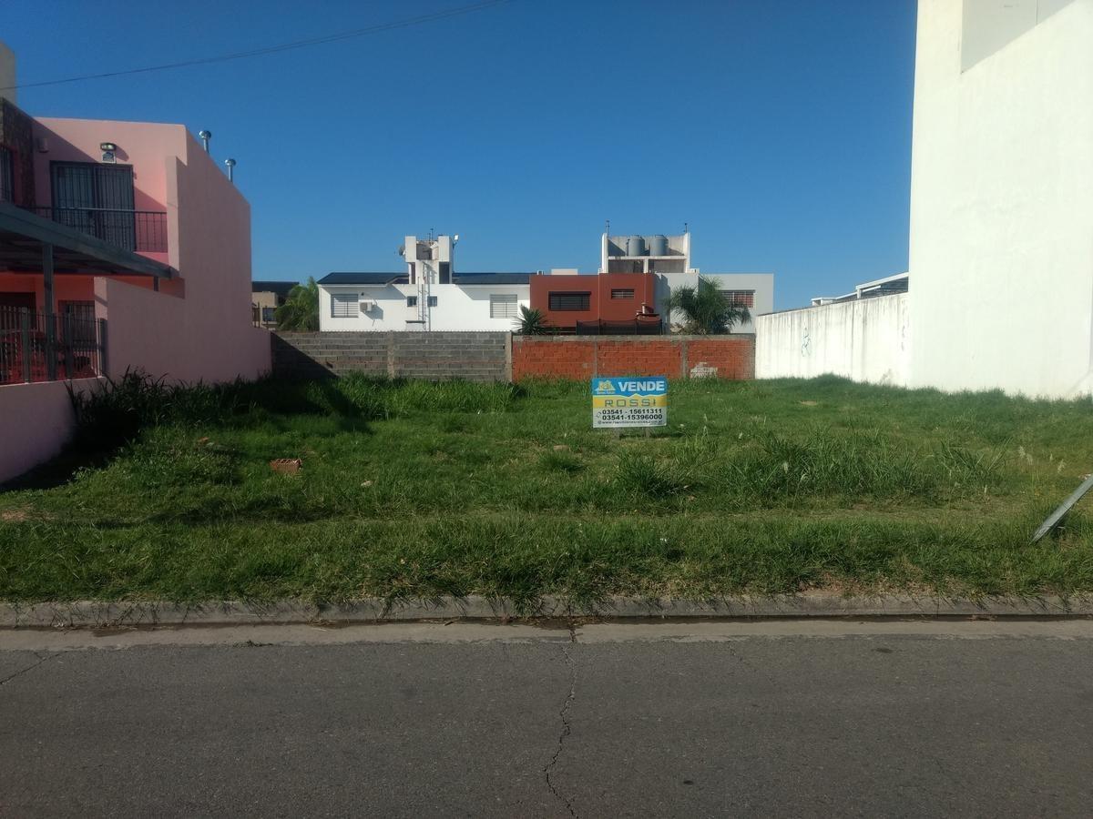 vendo terreno en poeta lugones apto duplex sobre avenida principal