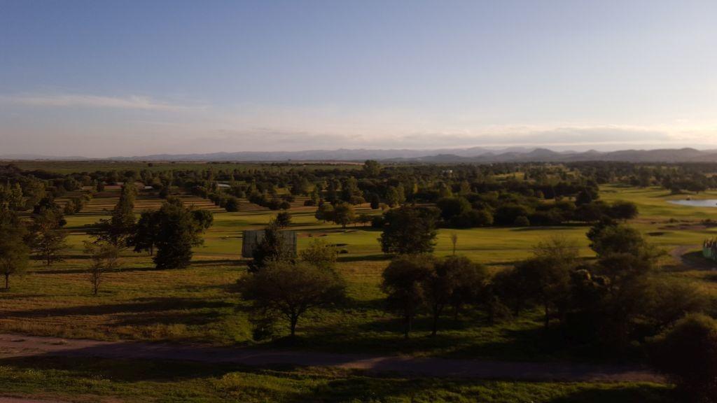 vendo terreno en valle del golf etapa 1 mza 10 lote 24