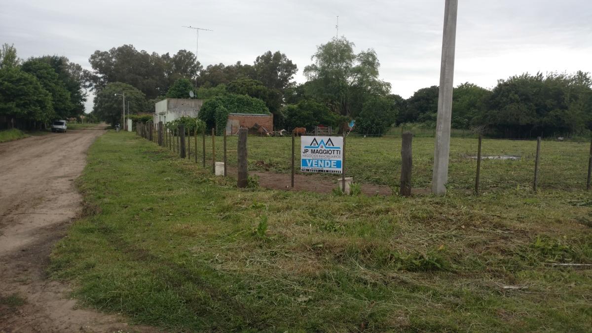 vendo terreno en villa moll