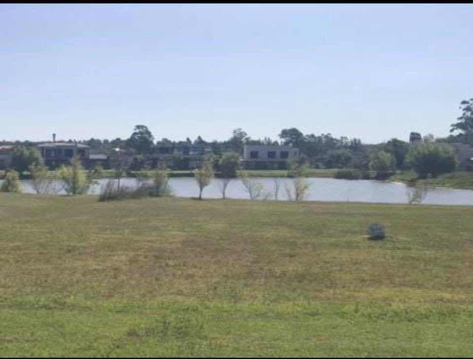 vendo terreno en viñedos de la tahona sobre el lago